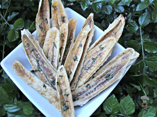 (wheat, gluten, grain and dairy-free, vegan, vegetarian) ginger basil banana jerky dog treat recipe