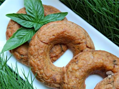 (gluten and wheat-free) bacon basil beets donuts dog treat recipe