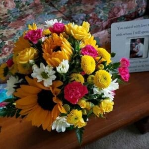 Garland Sandy Kelso Memorial flowers