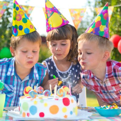 4 Tips for Planning Birthday Parties for Twins