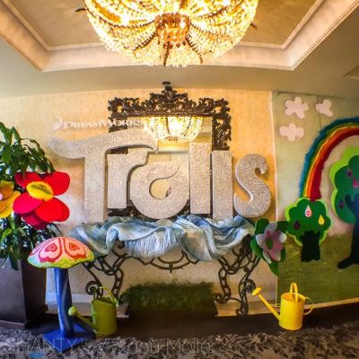 DreamWorks Trolls Movie – Cast Interviews