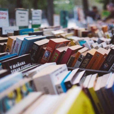 5 Ways Reading Improves Blogging