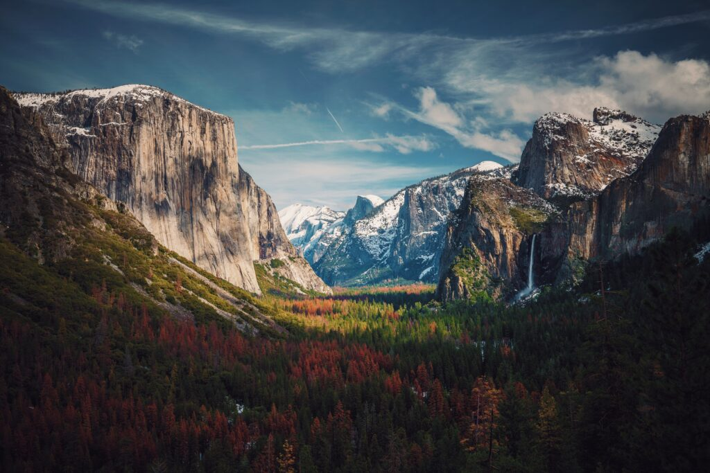 Learn how to plan an epic Yosemite trip with these tips and list of must-have essentials. You'll be guaranteed to have a vacation that you will never forget.