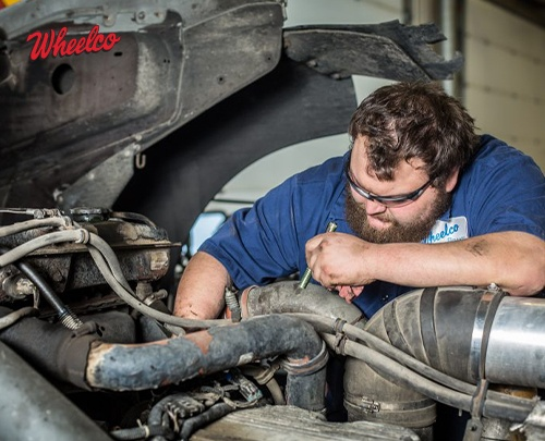Mistakes to Avoid When Maintaining Your Truck's Air Conditioner