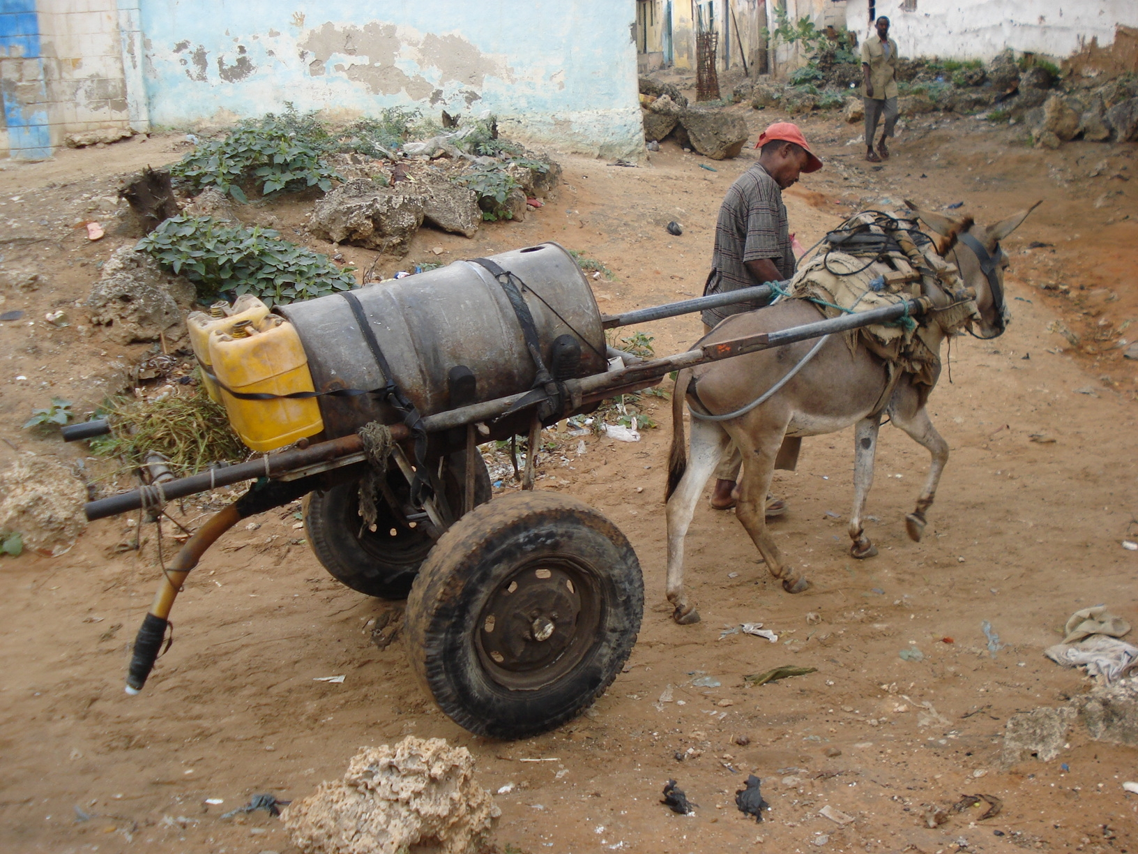 20080809_mogadishuwater_highres