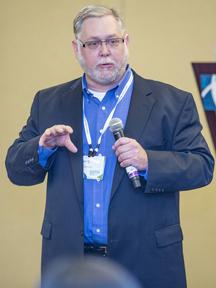 David Seibert presenting at APMP Bid and Proposal Con.