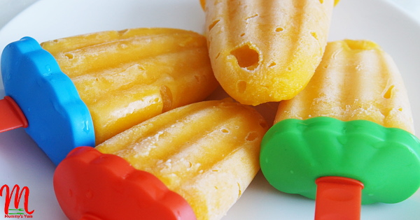 Delicious Mango Popsicles for the hot weather