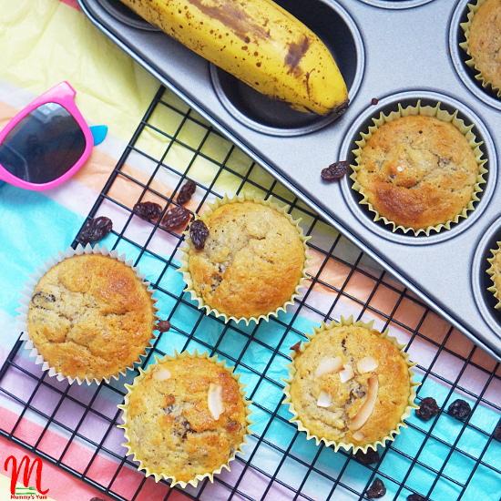 Raisins and Banana Muffins