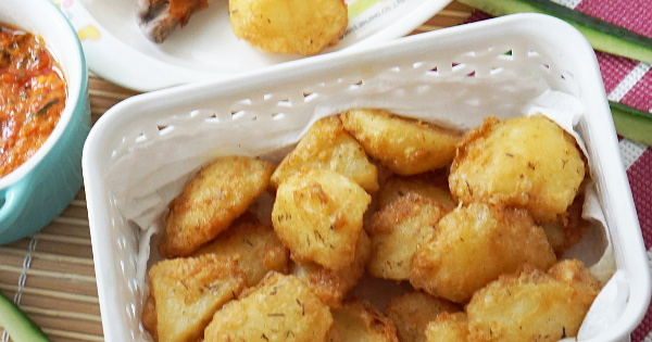 fried potato chunks