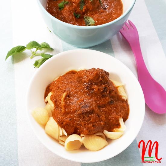 vegetable and meatball sauce