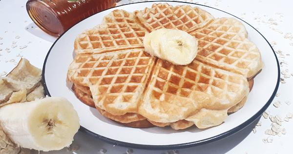 Banana Oats waffles for kids