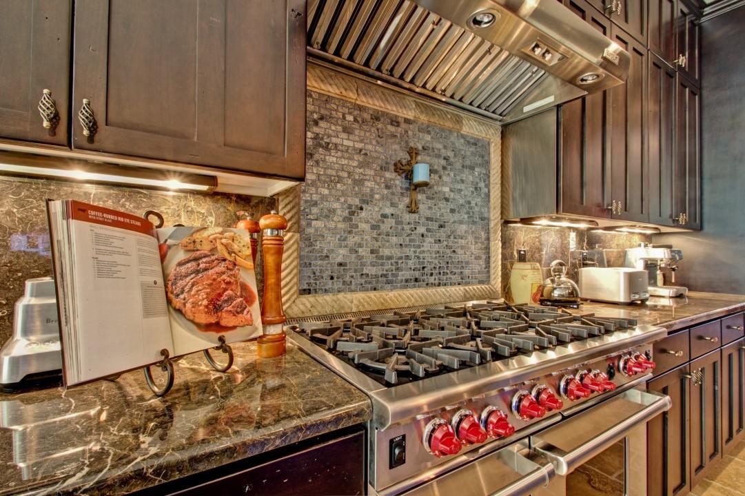 Chandler Contemporary Kitchen