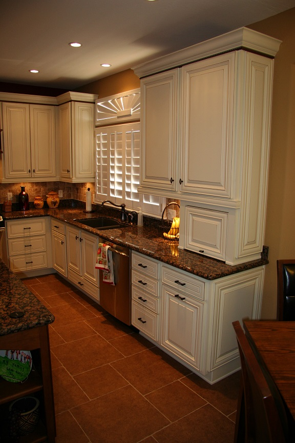 Gilbert Remodel Traditional Oakcraft cabinets