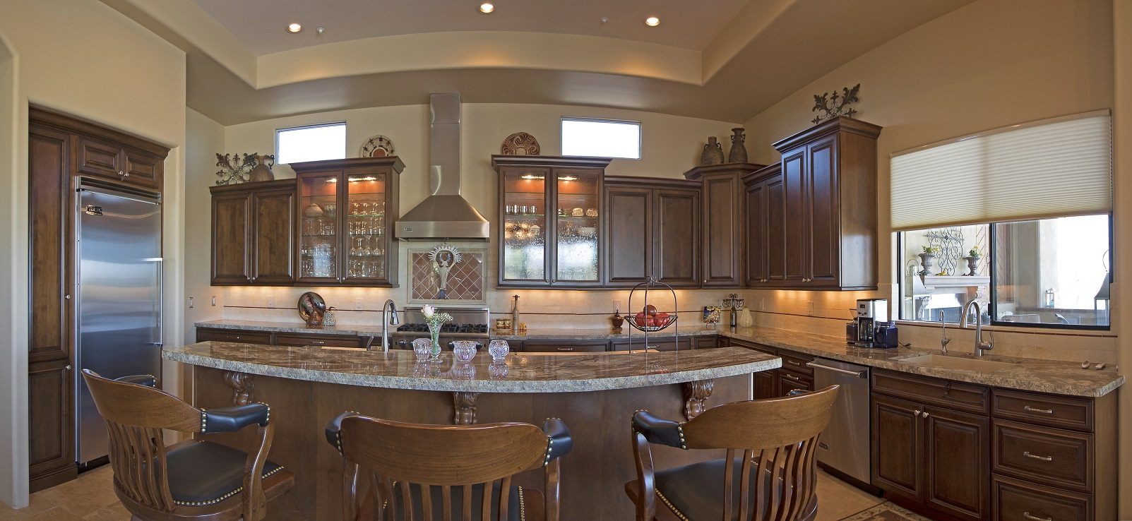 Phoenix Blackstone Custom Transitional kitchen