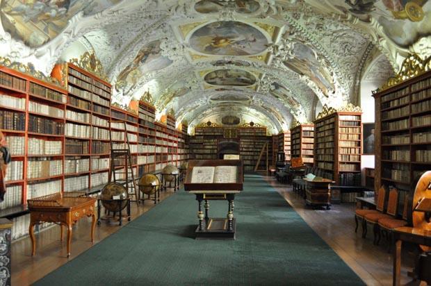 big-beautiful-libraries (6)