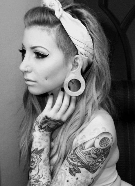 models-with-tattoos (22)