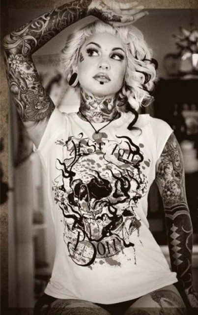 models-with-tattoos (24)