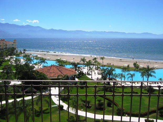 ocean-balcony-view (5)