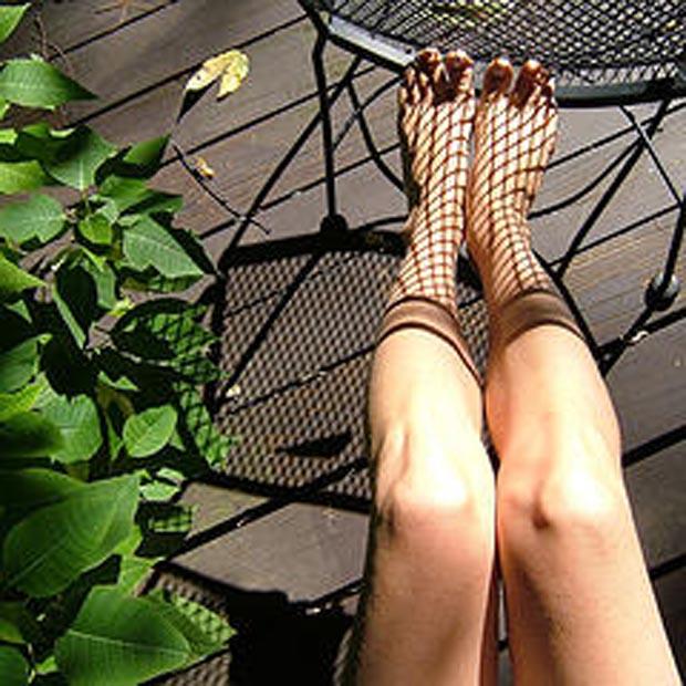 shadow-fishnest-stockings (4)