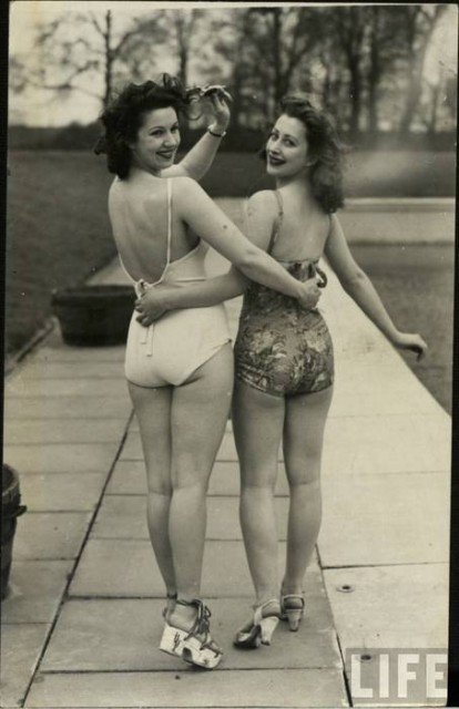 Vintage Swimwear (13)