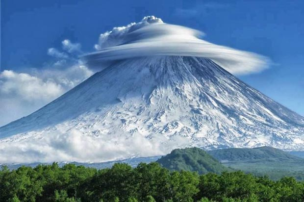 weird-beautiful-cloud-formations-10