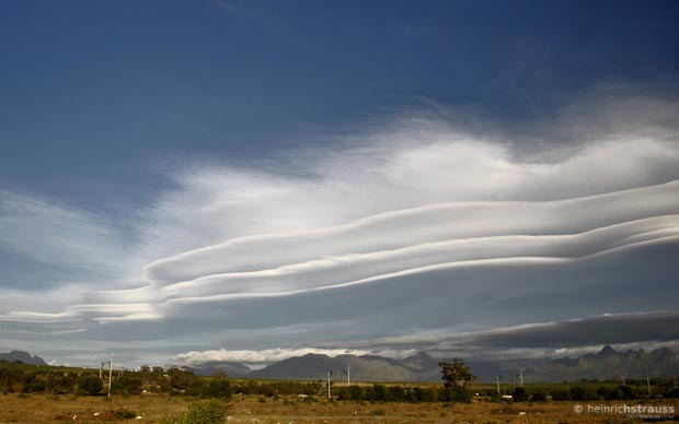 weird-beautiful-cloud-formations-18
