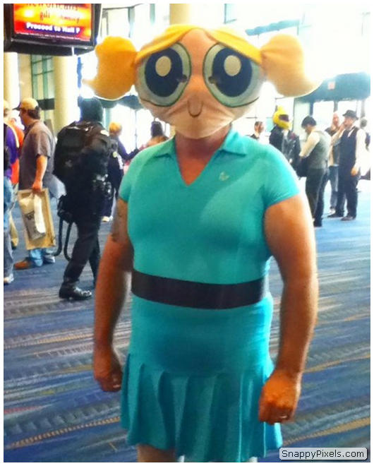 bad-cosplay-costume-fails-7