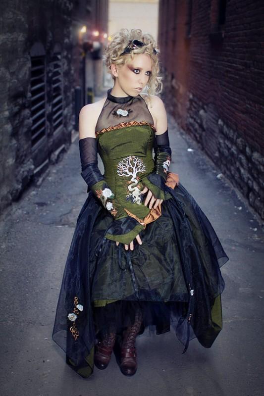 black-floral-dress