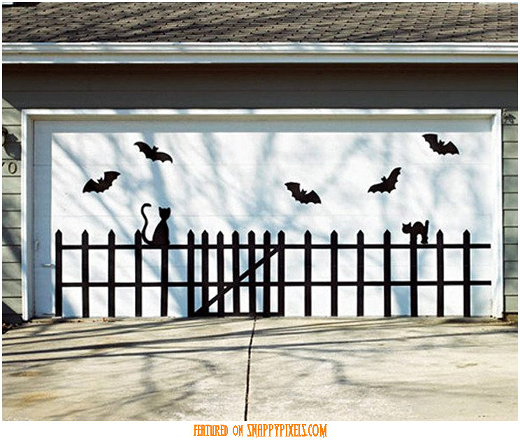 diy-scary-halloween-decorations-outside-24