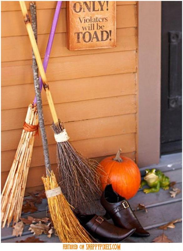 diy-scary-halloween-decorations-outside-7