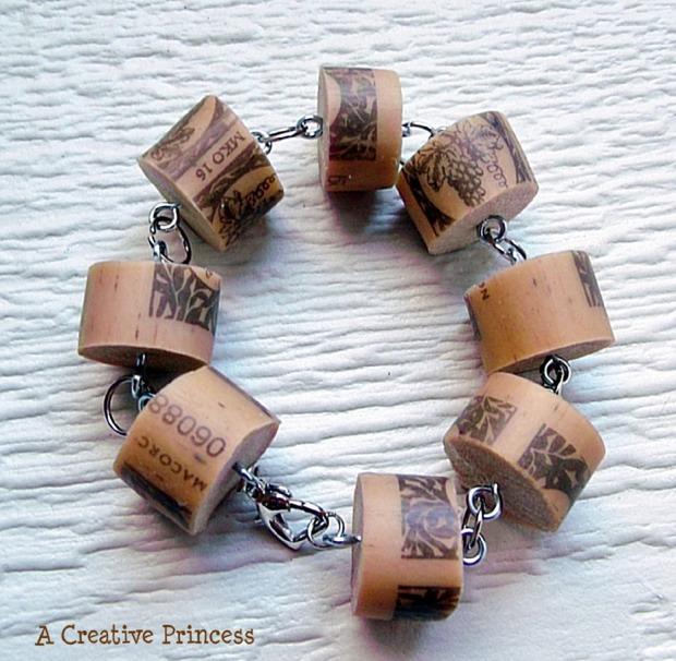 diy-wine-cork-art-projects-14