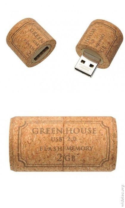 diy-wine-cork-art-projects-6