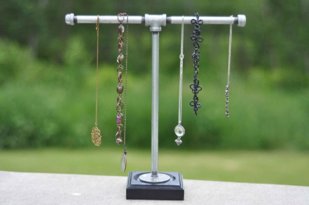 how-to-store-jewelry-pictures-13