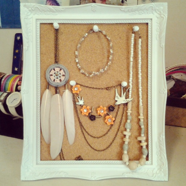 how-to-store-jewelry-pictures-18