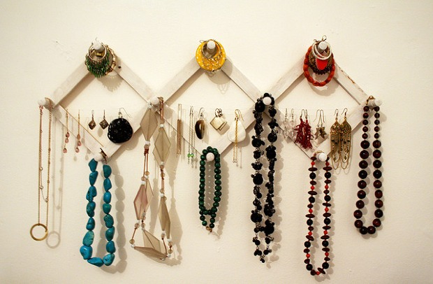 how-to-store-jewelry-pictures-2