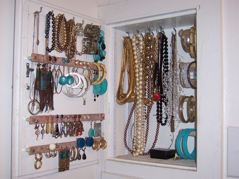 how-to-store-jewelry-pictures-4