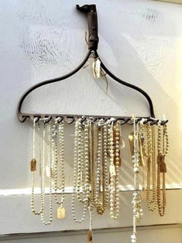 how-to-store-jewelry-pictures-5