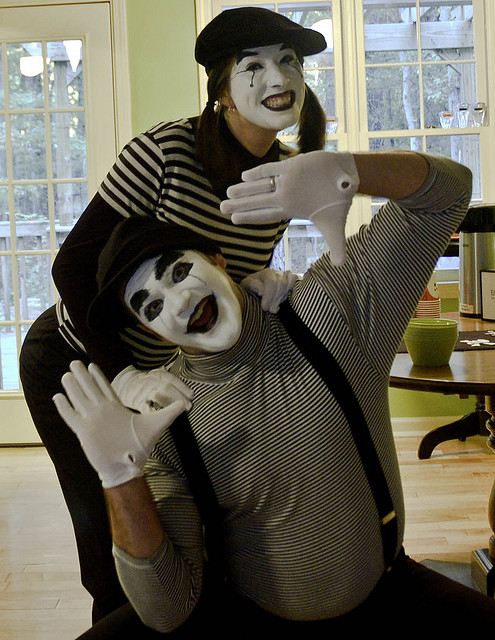 creative-halloween-costumes-made-for-couples-5