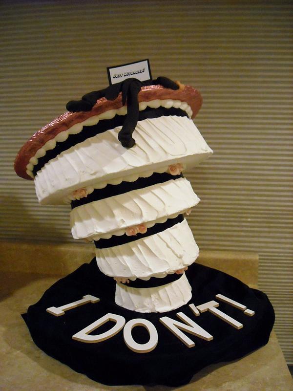 funny-cakes-celebrating-divorce-32