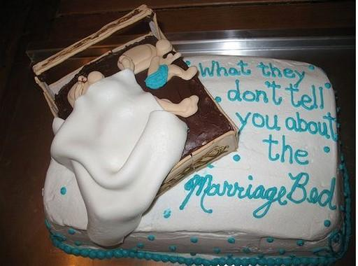 great-looking-funny-cakes (24)
