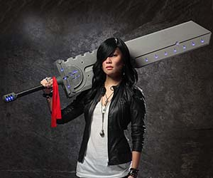 DIY Cosplay Sword Tutorials (9 Picture Instructions)