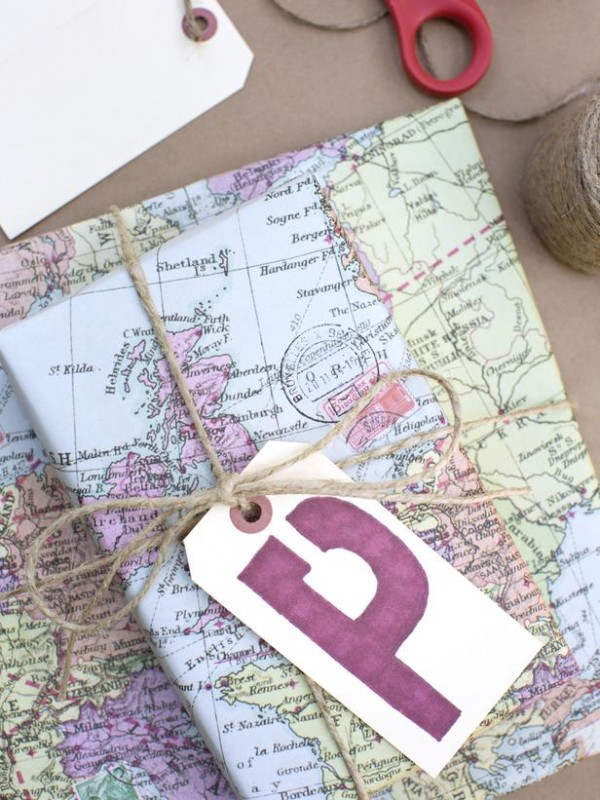 DIY Christmas Wrapping with a Map