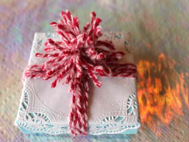 Doily Holiday Gift Wrap Make a Yarn Pom Pom