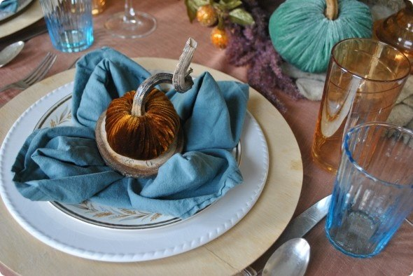 creative-thanksgiving-place-settings-table-17