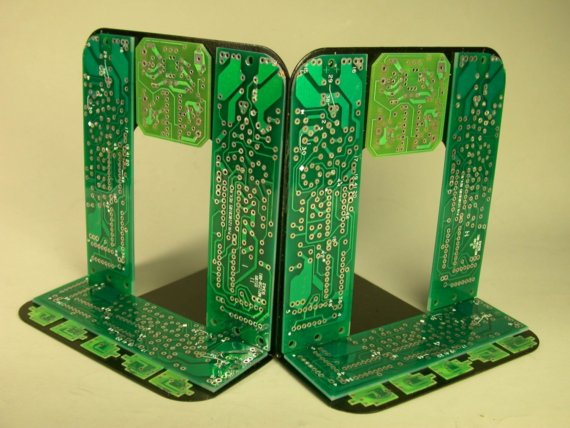 diy-circuit-board-bookends