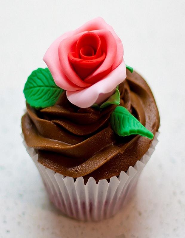 lovely-valentine-cupcakes-13