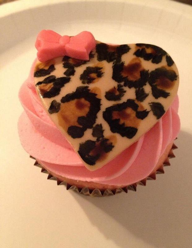 lovely-valentine-cupcakes-22