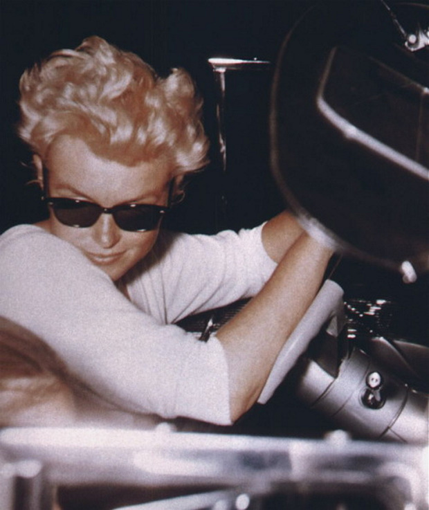 Photos of Marilyn Monroe Being Totally Cool