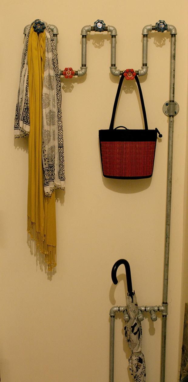 Creative-DIY-Wall-Hook-Ideas-10