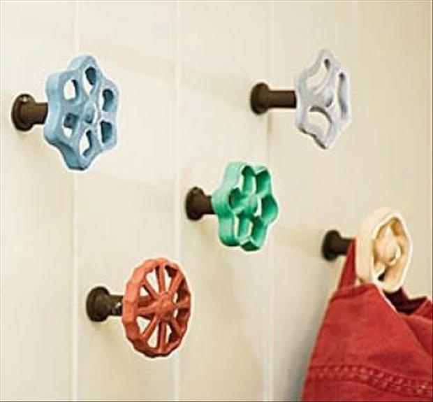 Creative-DIY-Wall-Hook-Ideas-13